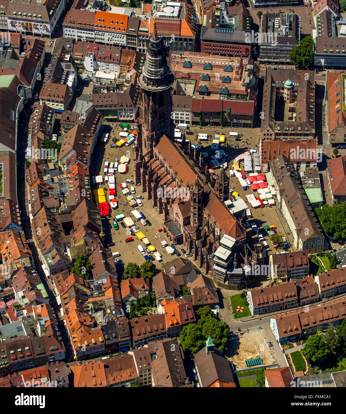 aerial view freiburg cathedral with market square freiburg stock photo 102481625 alamy. Black Bedroom Furniture Sets. Home Design Ideas