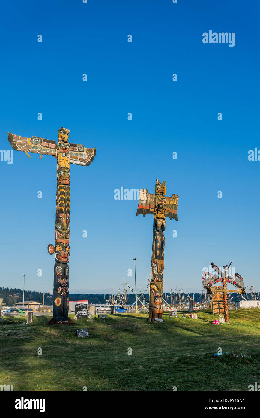 Stock Photo  Wei Wai Kum First Nation Memorial Poles, Campbell River  Indian Band Cemetery, Campbell River, British Columbia, Canada