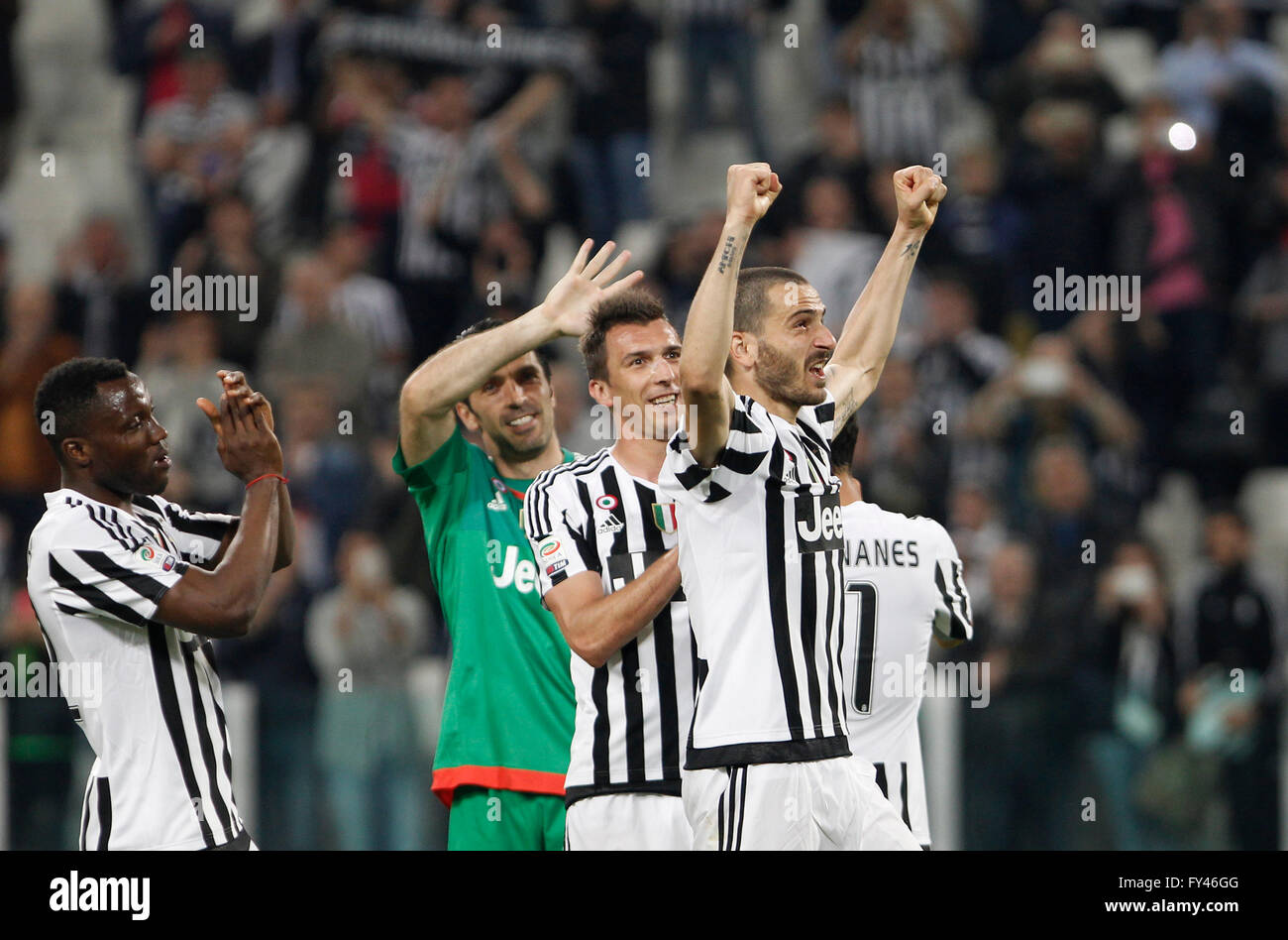 Turin Italy 20th Apr 2016 From left Juventus Kwadwo Asamoah
