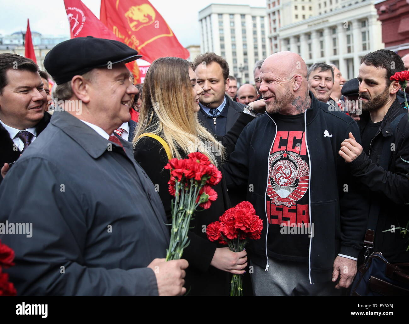 communism in russia The question presents a false dichotomy democracy is primarily a political system while communism is primarily an economic system democracy and communism can exist together, in exclusion.