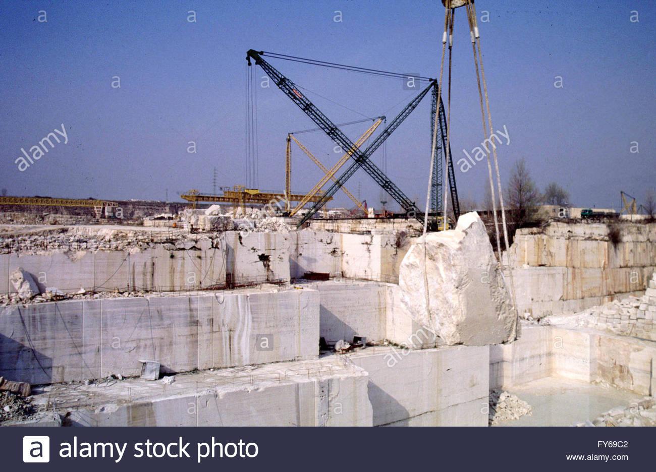 Italy, Bagni di Tivoli (Rome) Travertine quarry. Travertine marble ...