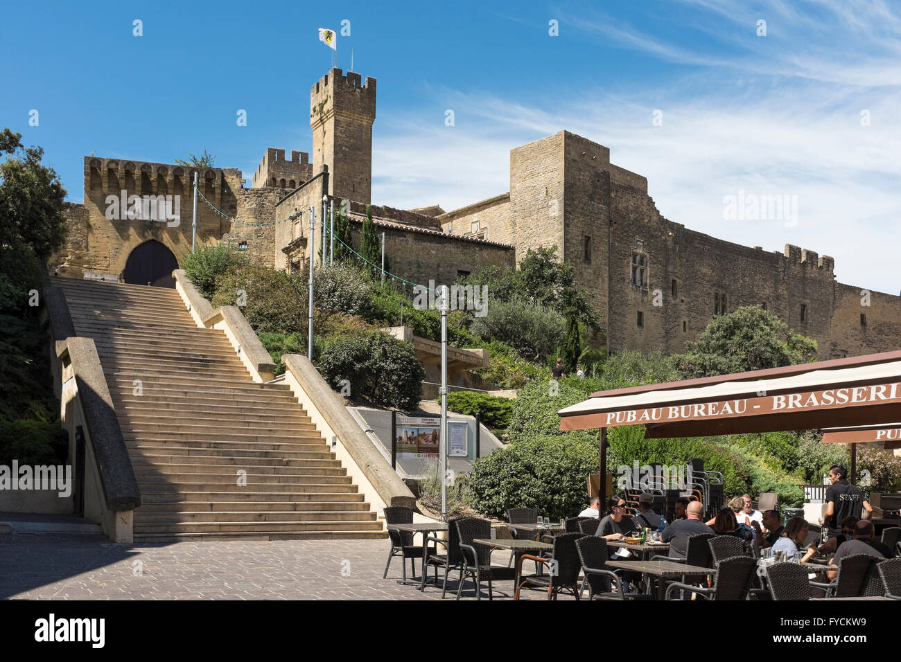 9c castle ch teau de l 39 emperi salon de provence bouches du rh ne stock photo royalty free - Departement salon de provence ...