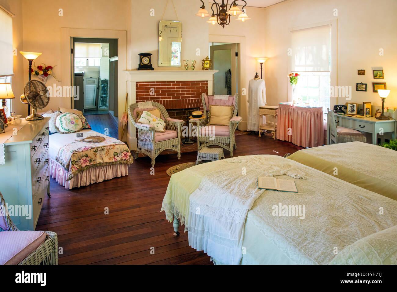 Bedroom of  Seminole Lodge    winter home of inventor Thomas Edison  Ft  Myers  Florida  USA