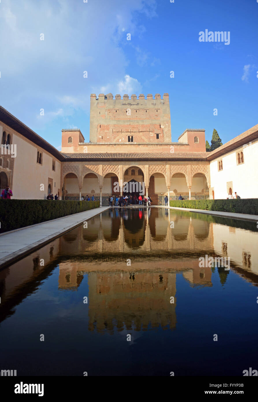 Court of the Myrtles (Patio de los Arrayanes) inside the Nasrid Stock Photo, ...