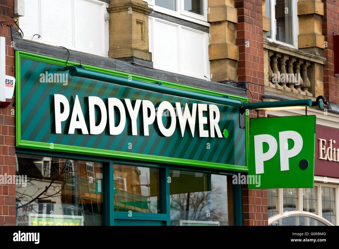 Paddypower bookmakers shop evesham worcestershire england uk stock image