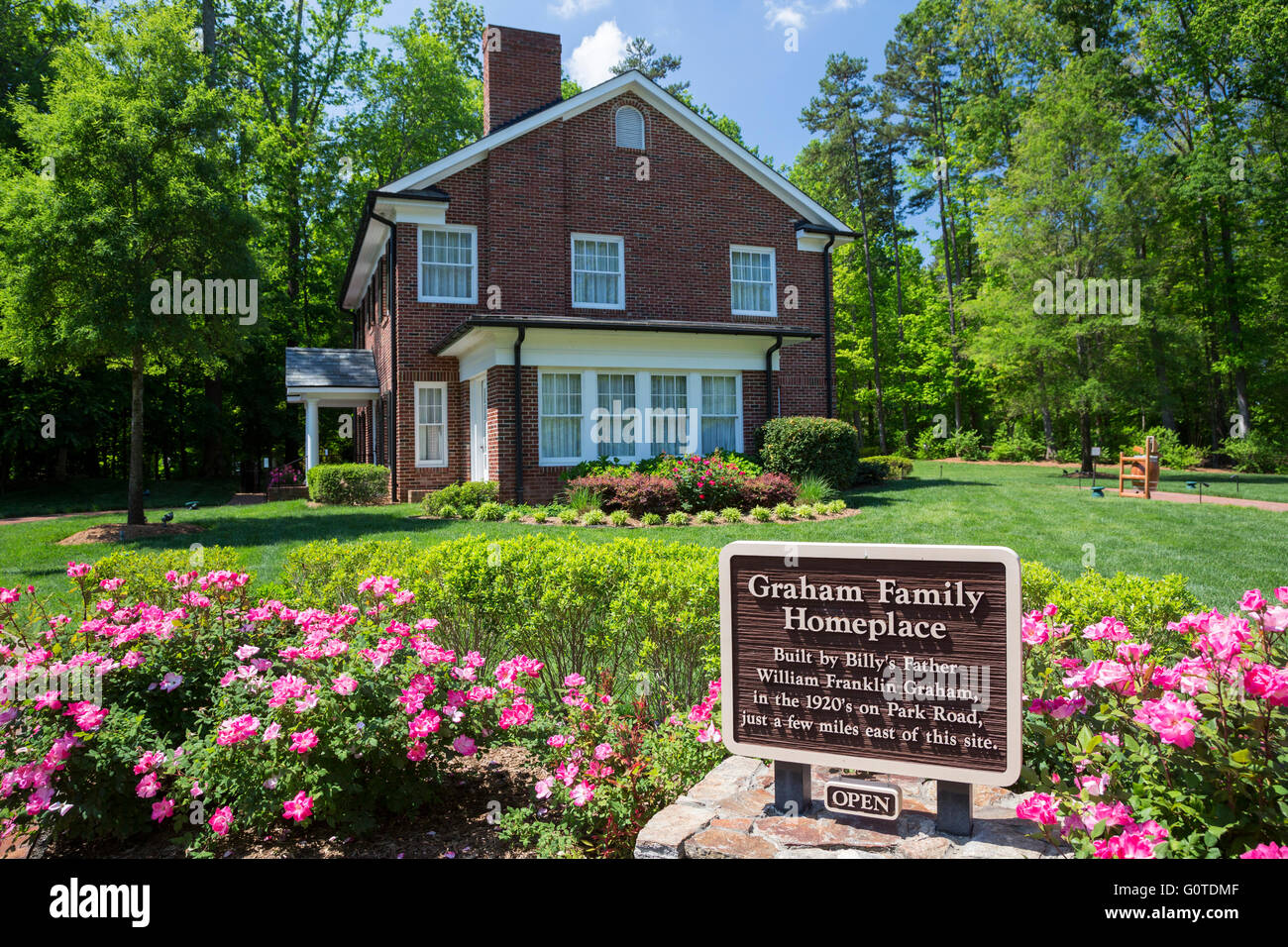 Charlotte north carolina billy graham 39 s childhood home for The charlotte house