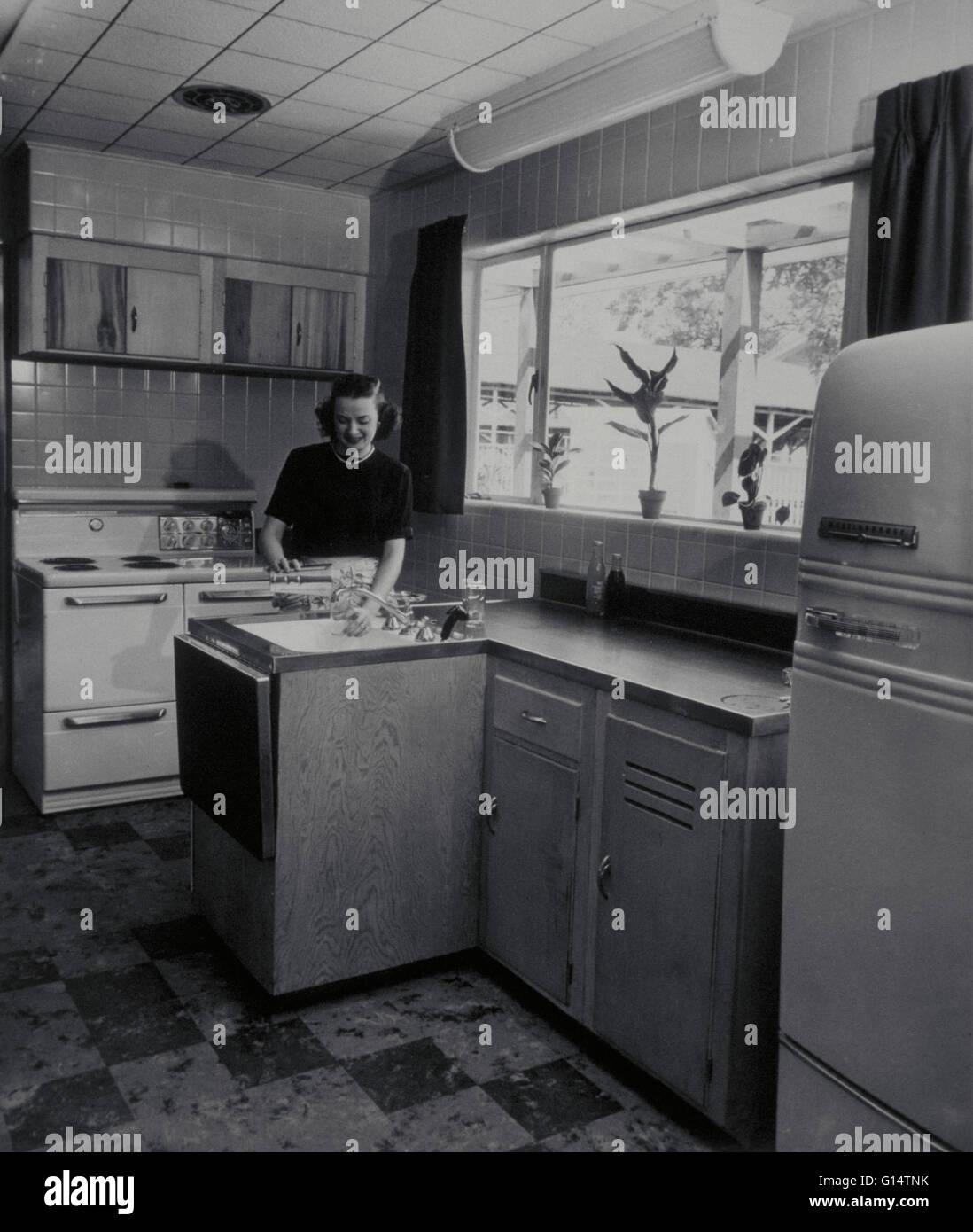 1950 Kitchen Furniture 1950s Kitchen Stock Photos 1950s Kitchen Stock Images Alamy