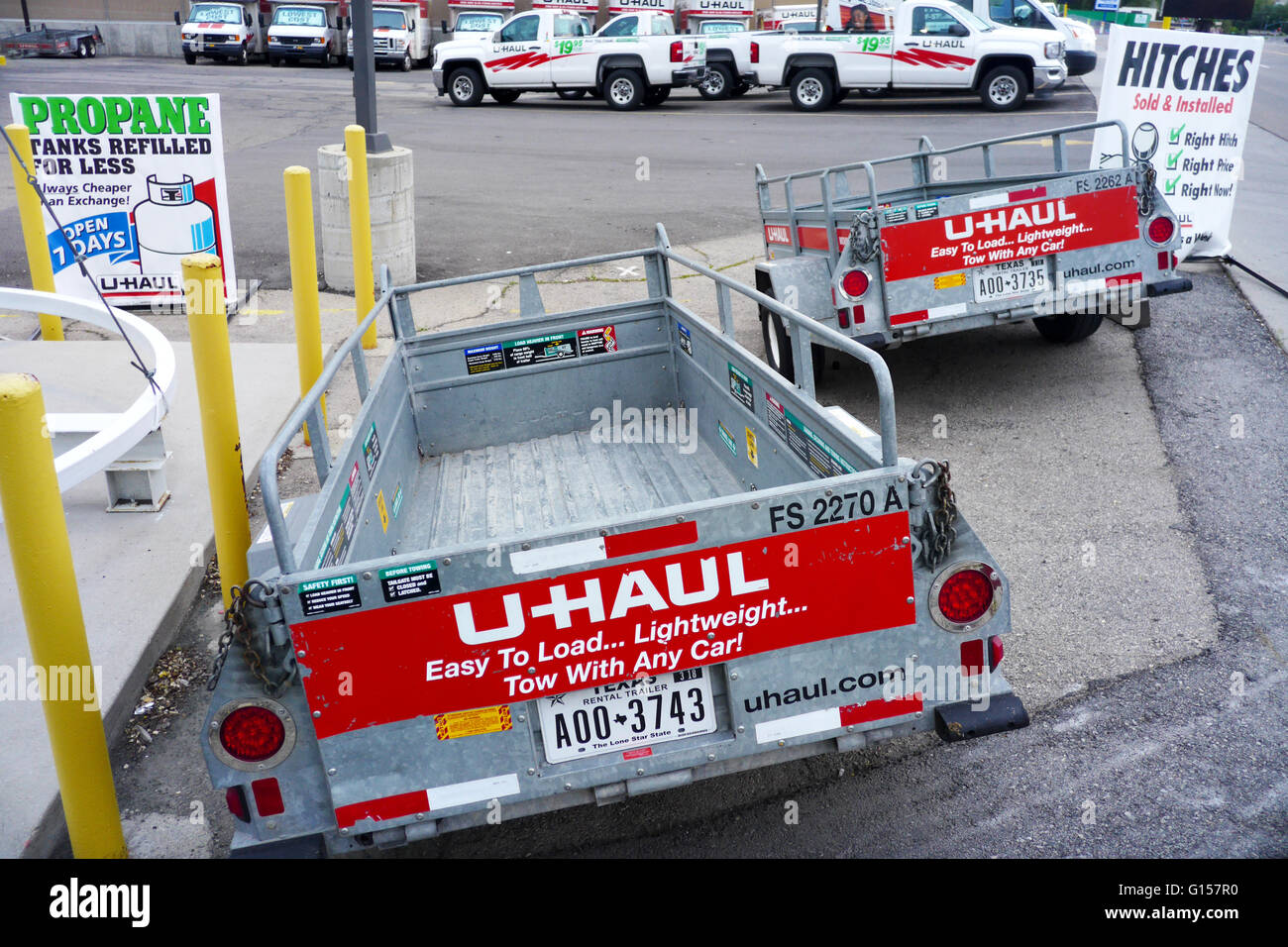 Uhaul - U Haul Rental Trailers For Do It Yourself Hauling And Road Transportation Parked