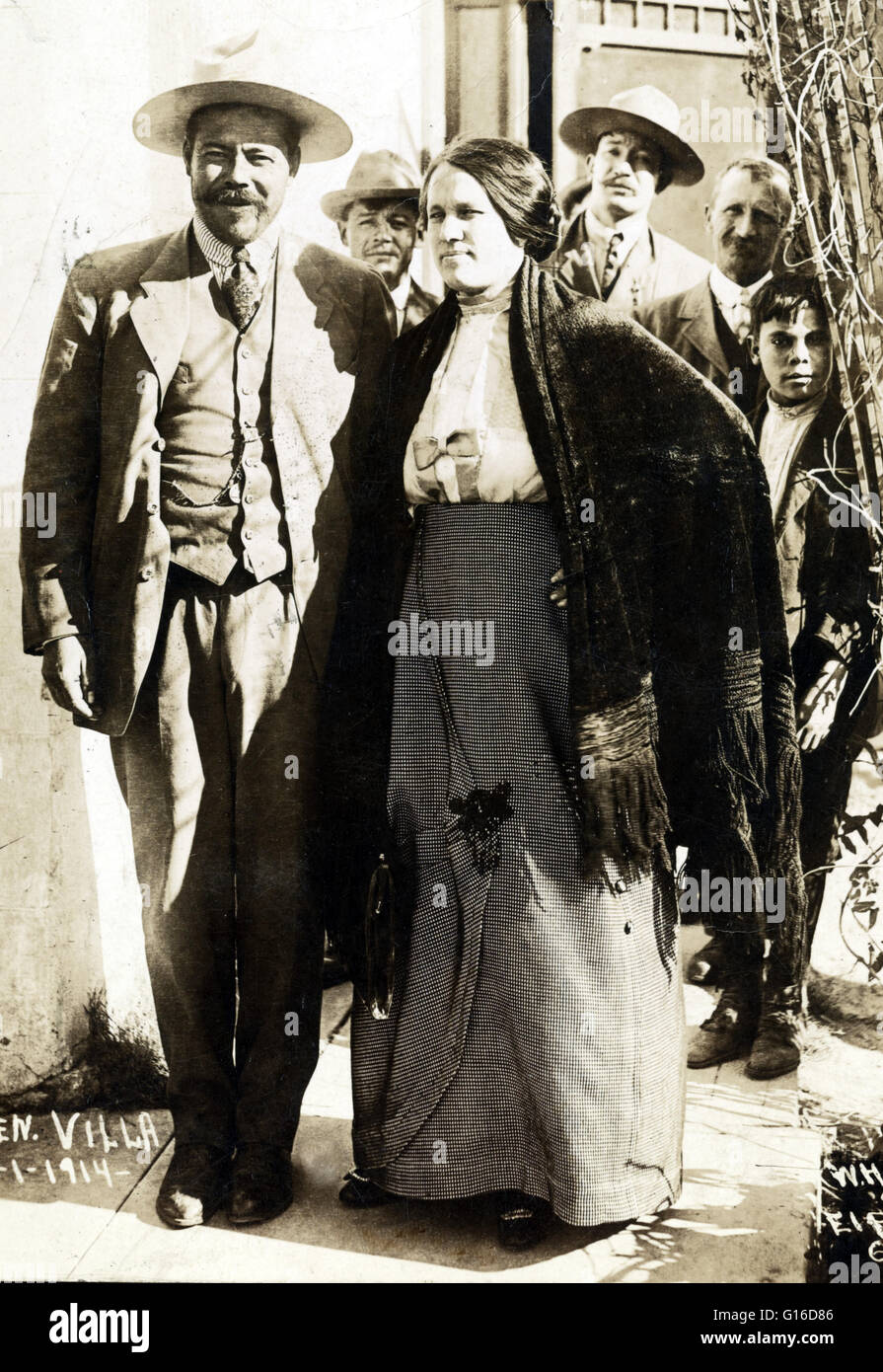 revo stock photos revo stock images alamy rework pancho villa and his wife luz corral greeting a group of photographers