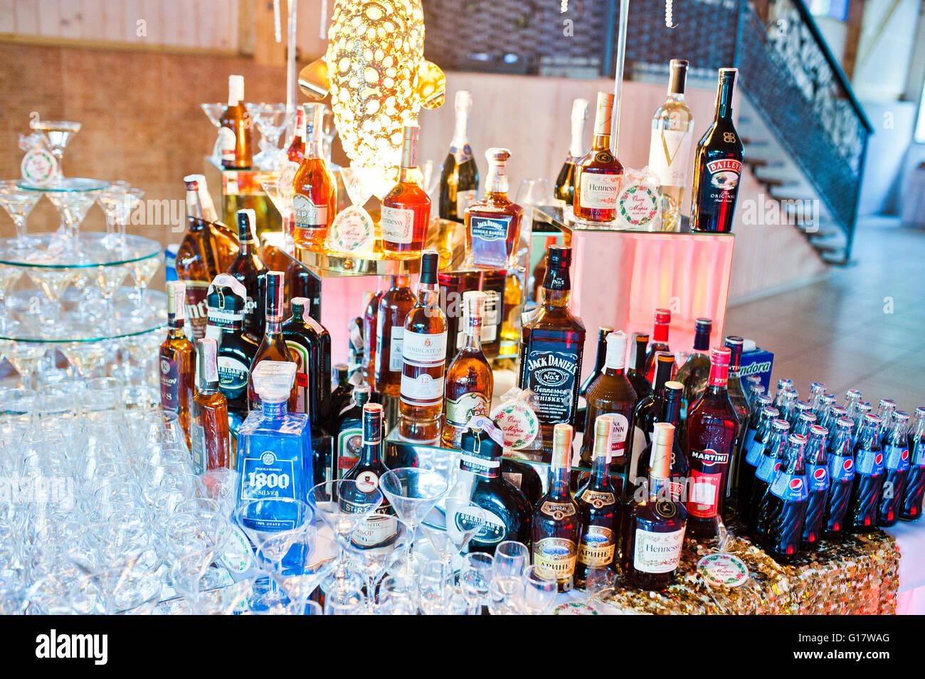 Alcohol For Wedding Reception Wedding Decor Ideas