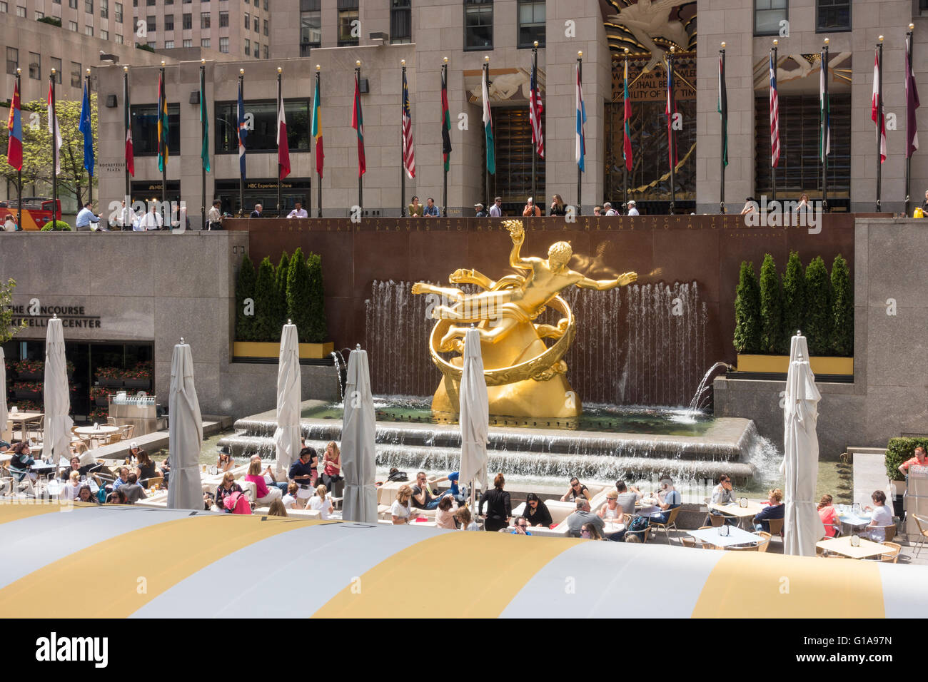 The Rock Center Cafe Summer Garden And Bar In Rockefeller Center In Stock Photo Royalty Free