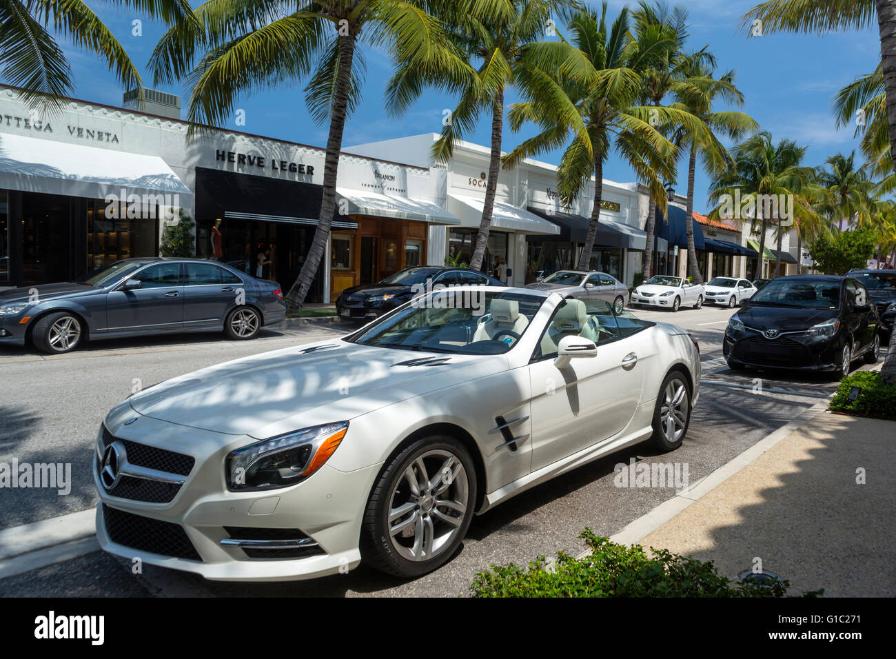 Mercedes benz roadster convertible worth avenue palm beach for Mercedes benz north palm beach fl