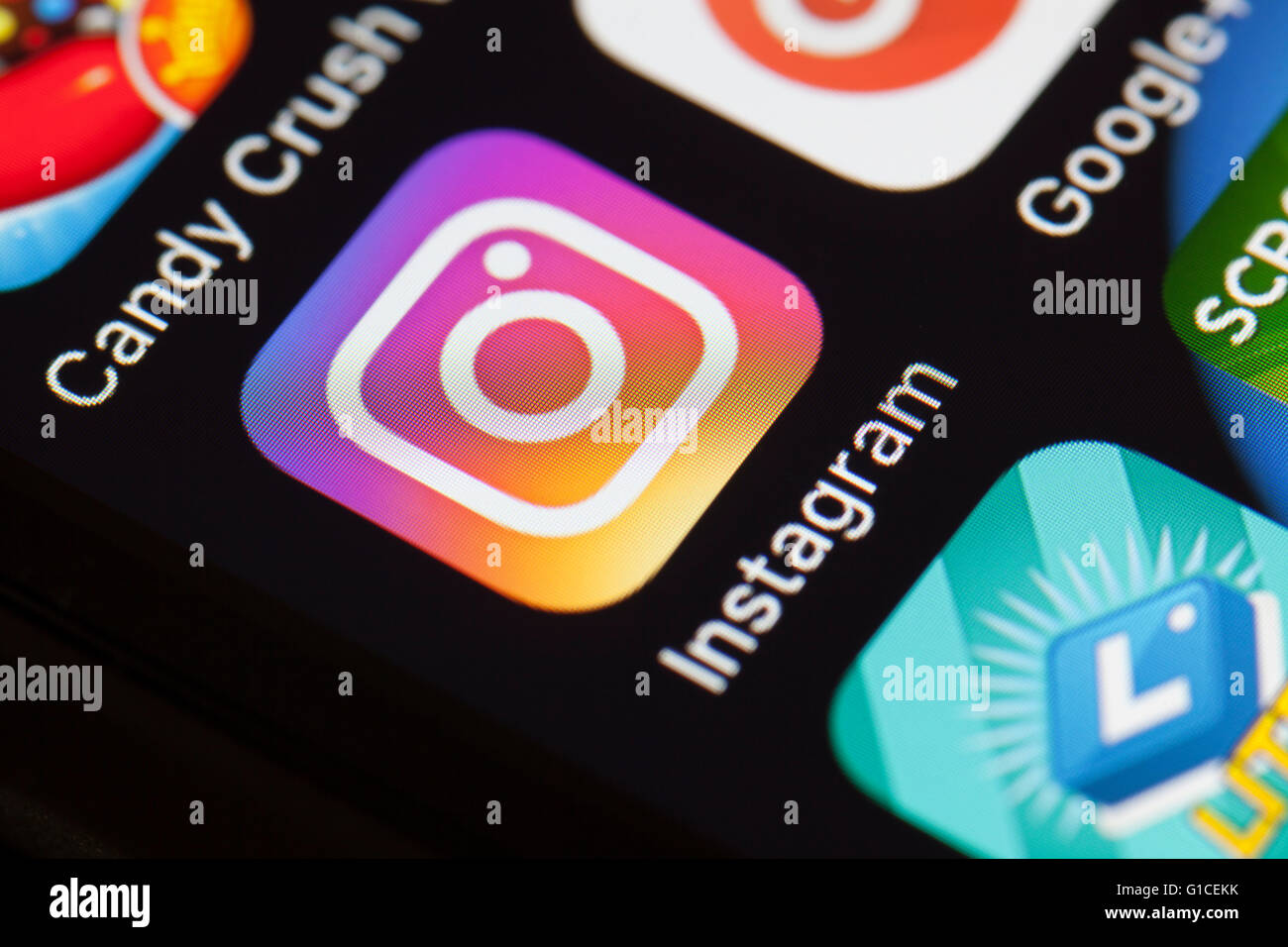 how to download photos from instagram to phone