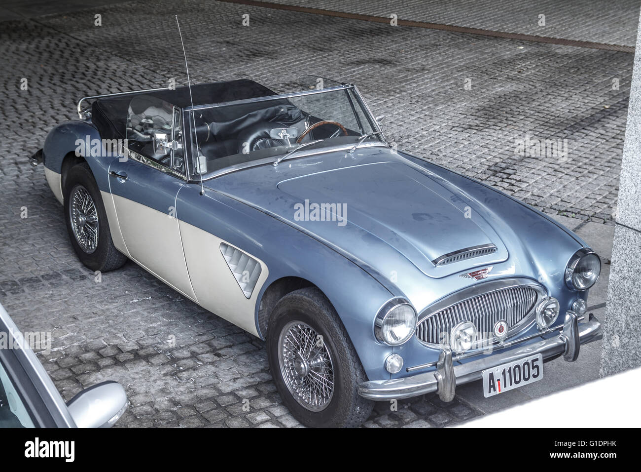 old 1965 austin healey 3000 mk iii car colour ice blue. Black Bedroom Furniture Sets. Home Design Ideas
