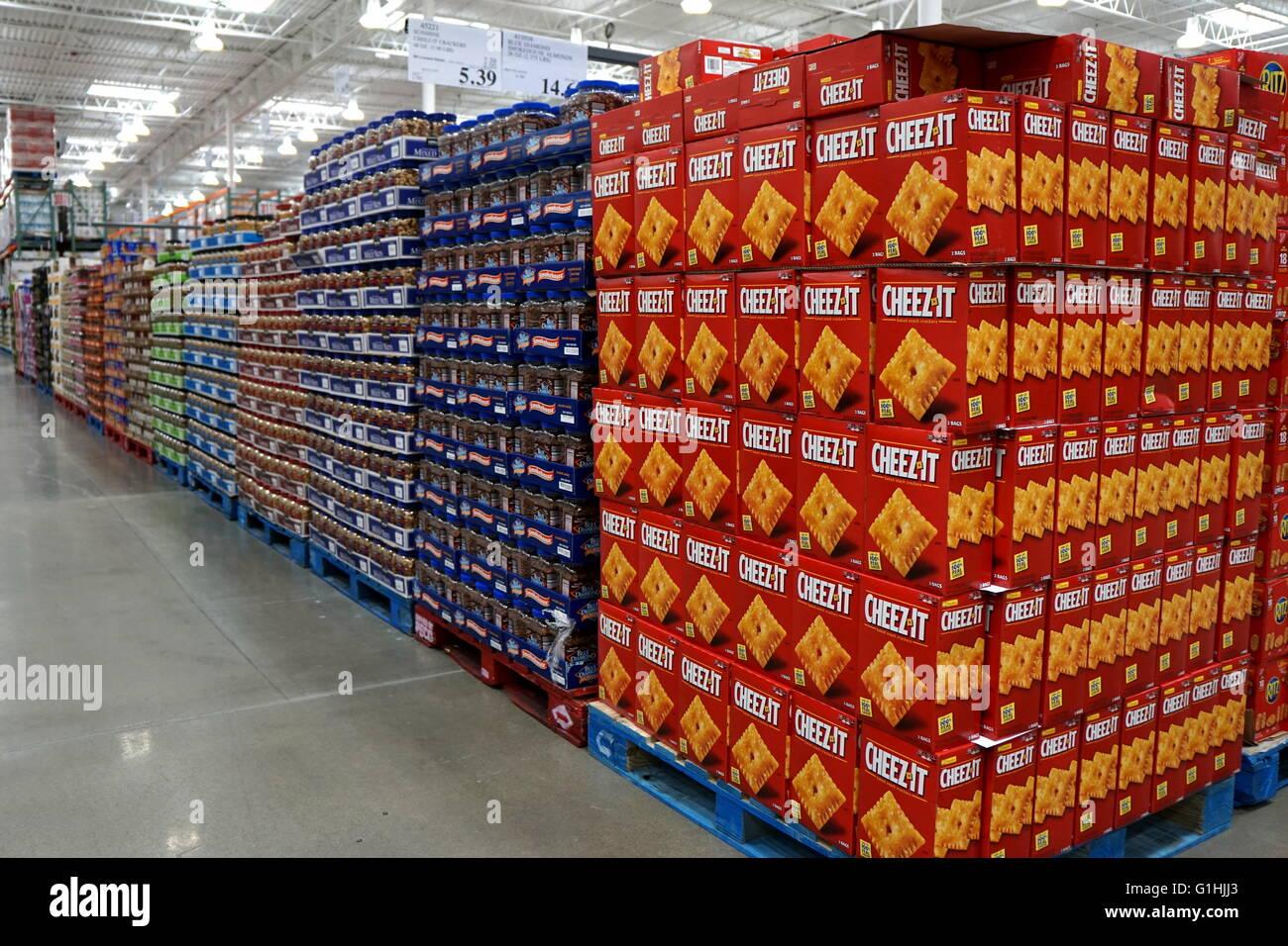 snacks aisle at costco busin ess center hackensack new jersey snacks aisle at costco busin ess center hackensack new jersey usa