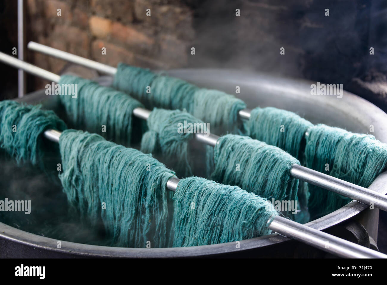 Natural Wool Dyeing In A Carpet Factory Nepal Stock Photo