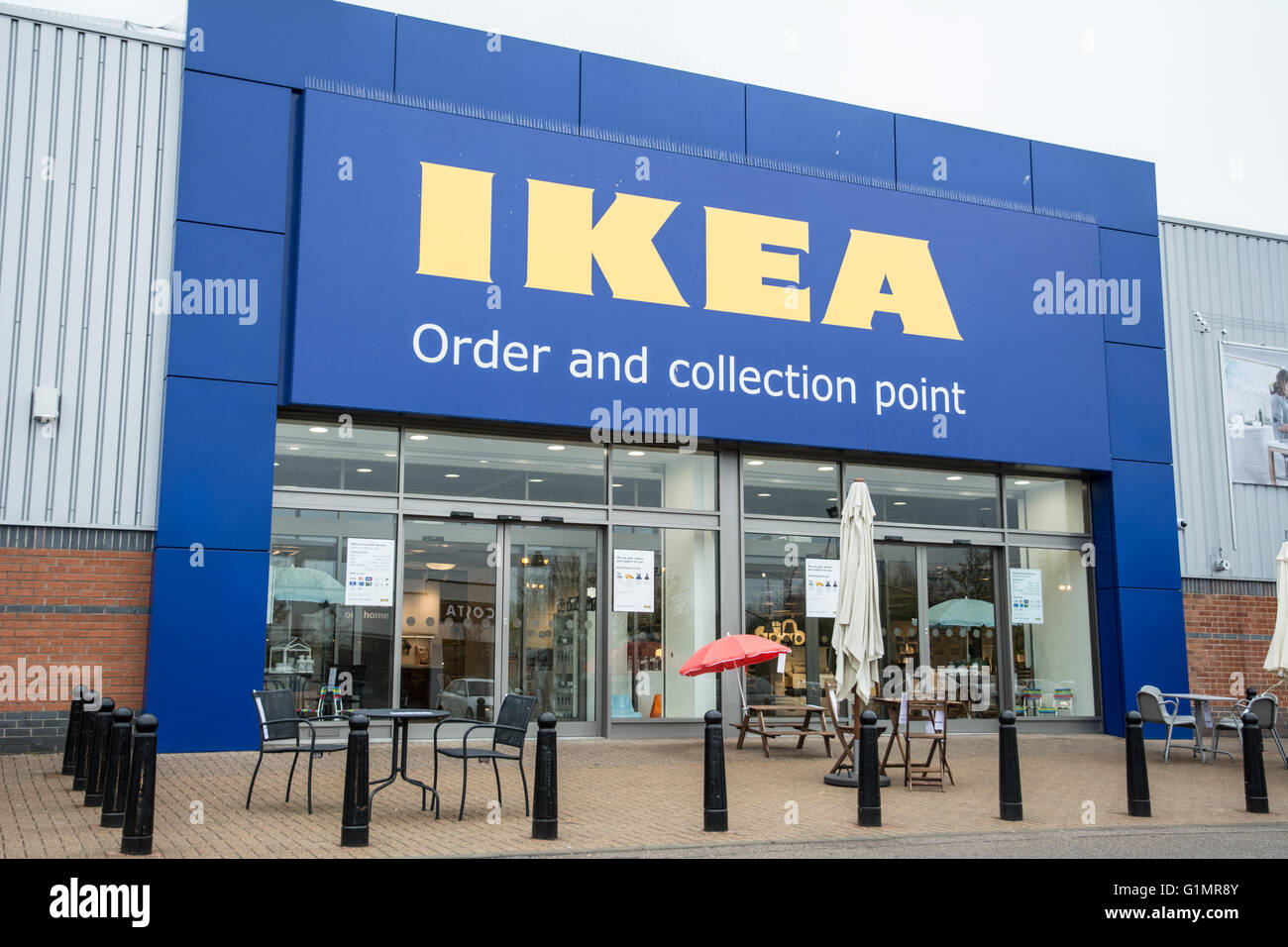 the new ikea order and collect in norwich stock photo royalty free image 104334187 alamy. Black Bedroom Furniture Sets. Home Design Ideas