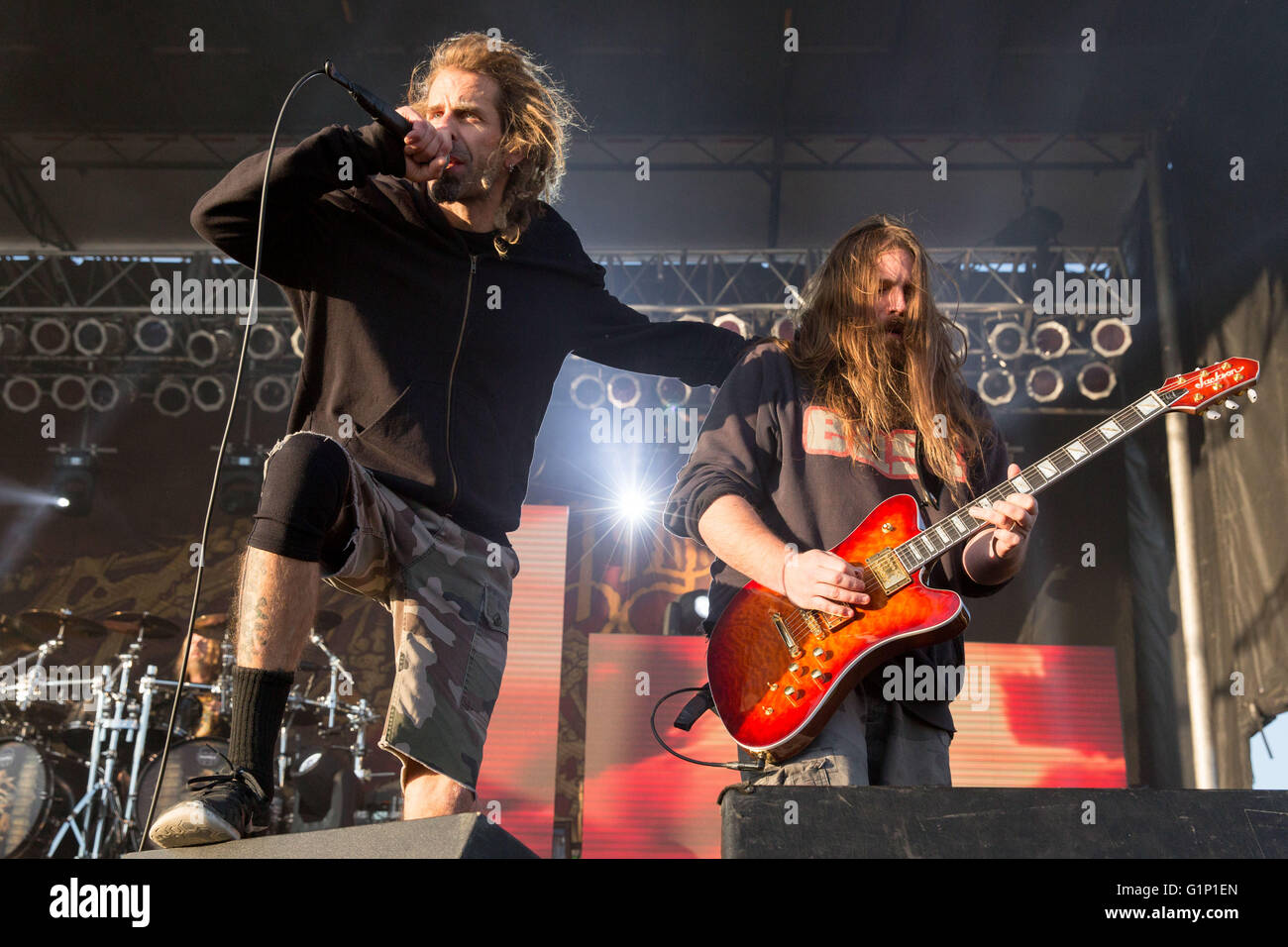 May 14, 2016 - Somerset, Wisconsin, U.S - RANDY BLYTHE (L) and ... for Lamb Of God Live 2016  61obs