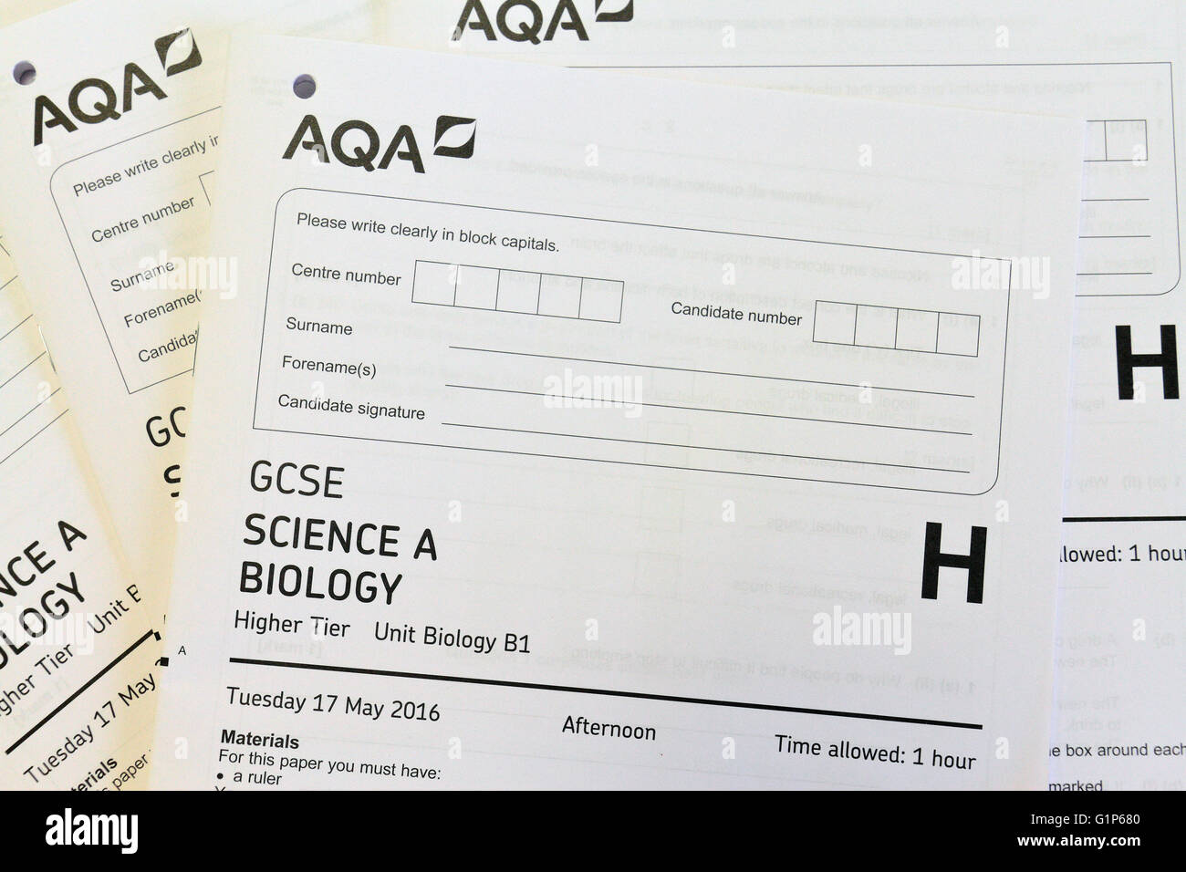 gcse science coursework paper Students could take some of their gcse exams and/or 'coursework units' well   biology (paper 1) 14-may-19 biology (paper 2) 7-june-19.