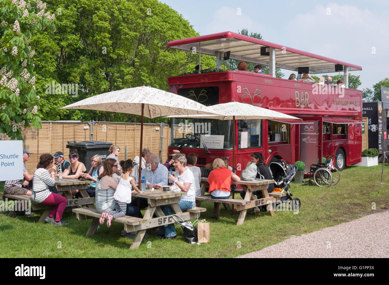 Vintage Bus Bar At Royal Windsor Horse Show Home Park Berkshire England United Kingdom