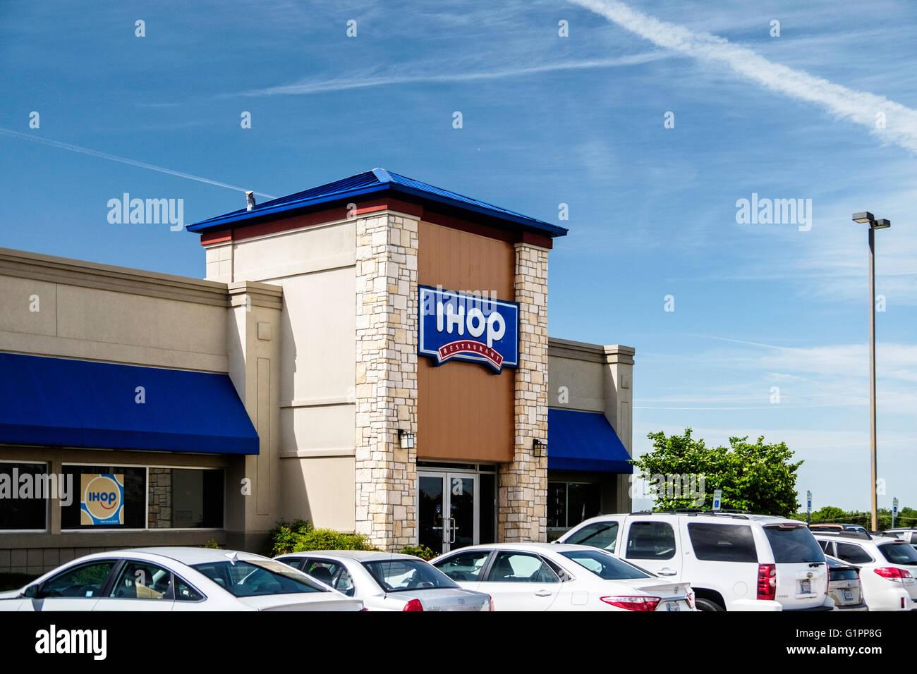 The exterior of an IHOP restaurant, oblique view. Oklahoma City ...