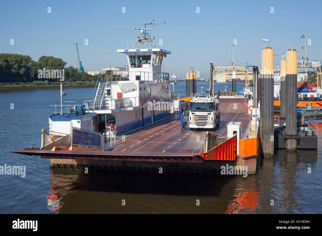 car ferry vegesack lemwerder on the river weser bremen. Black Bedroom Furniture Sets. Home Design Ideas
