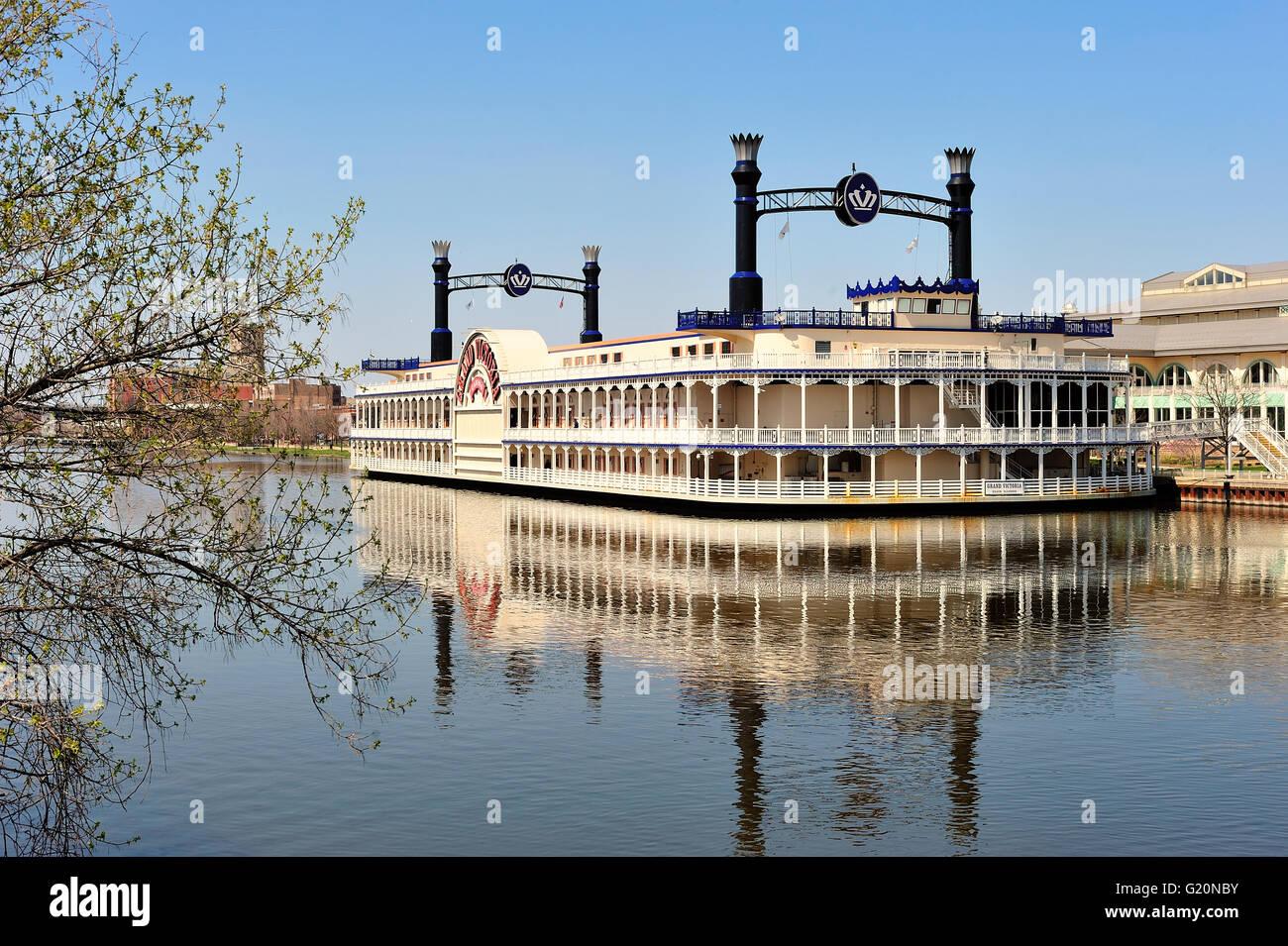 Victoria riverboat casino region casino buffet restarant toppenish wa