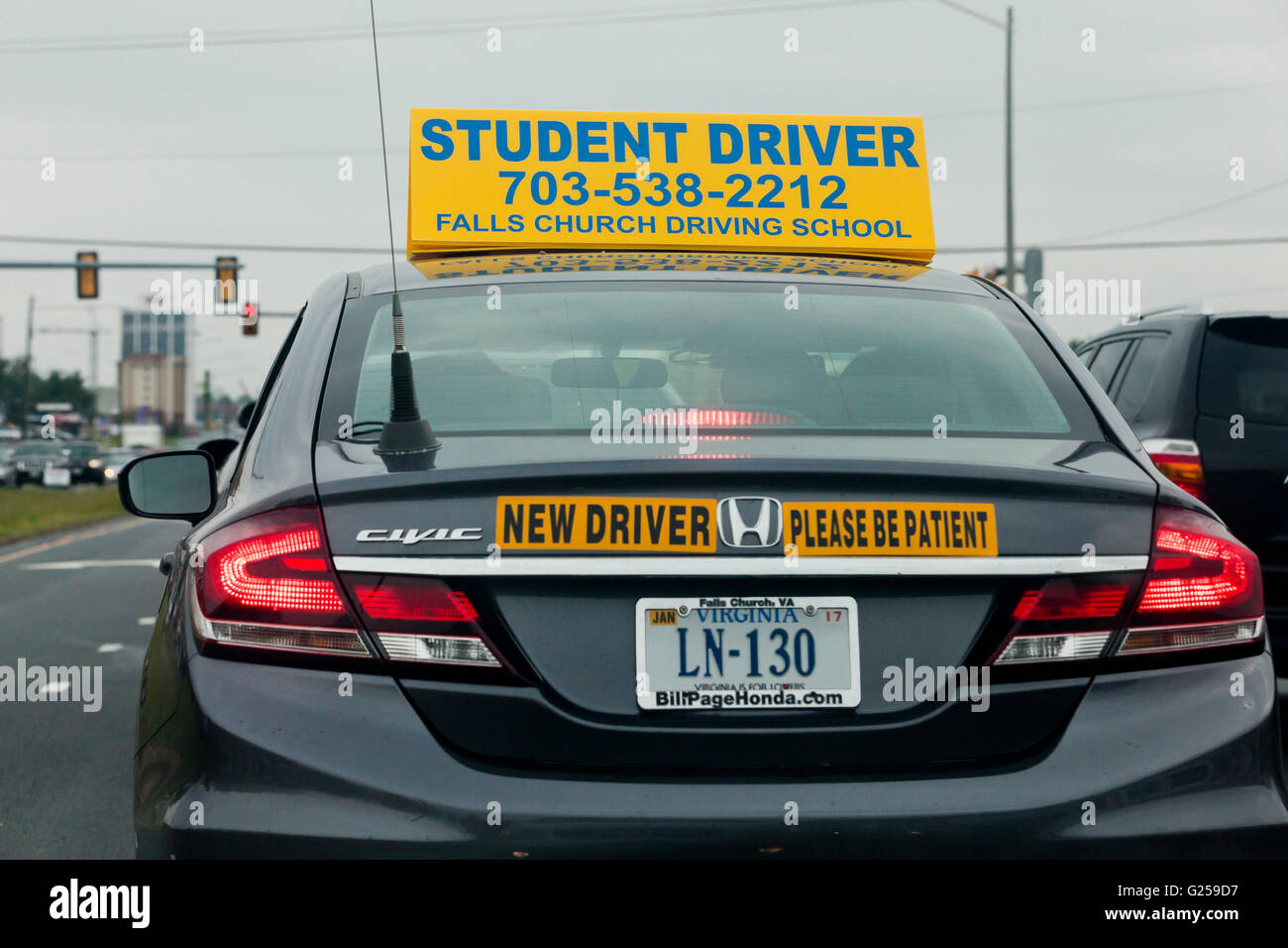 student driver sign on car usa stock photo royalty free image 104608707 alamy. Black Bedroom Furniture Sets. Home Design Ideas