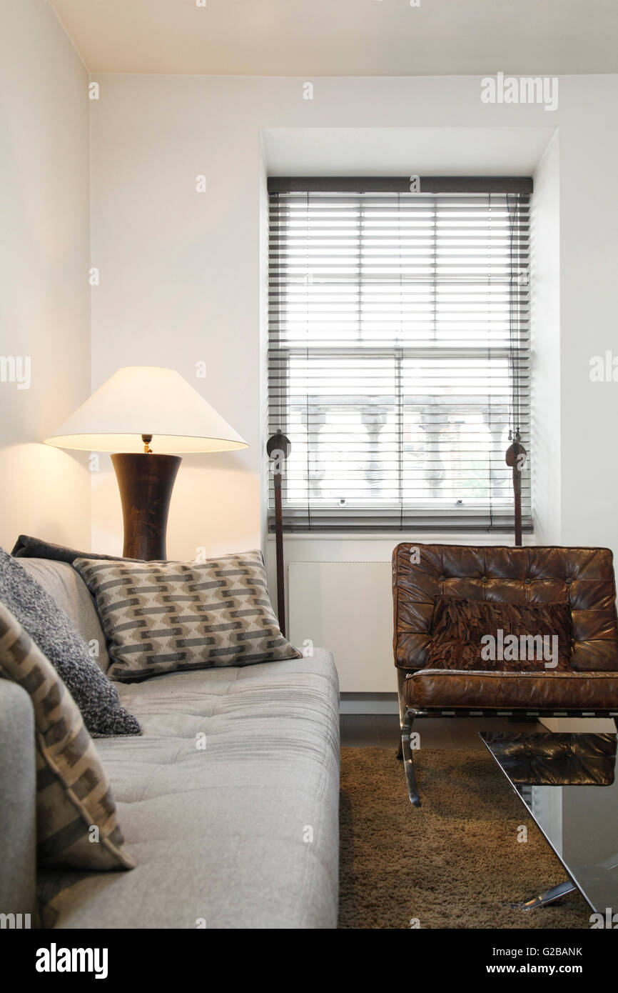 Stock Photo   Walden House, Marylebone High Street. View Of A Living Room  With Traditional Furniture