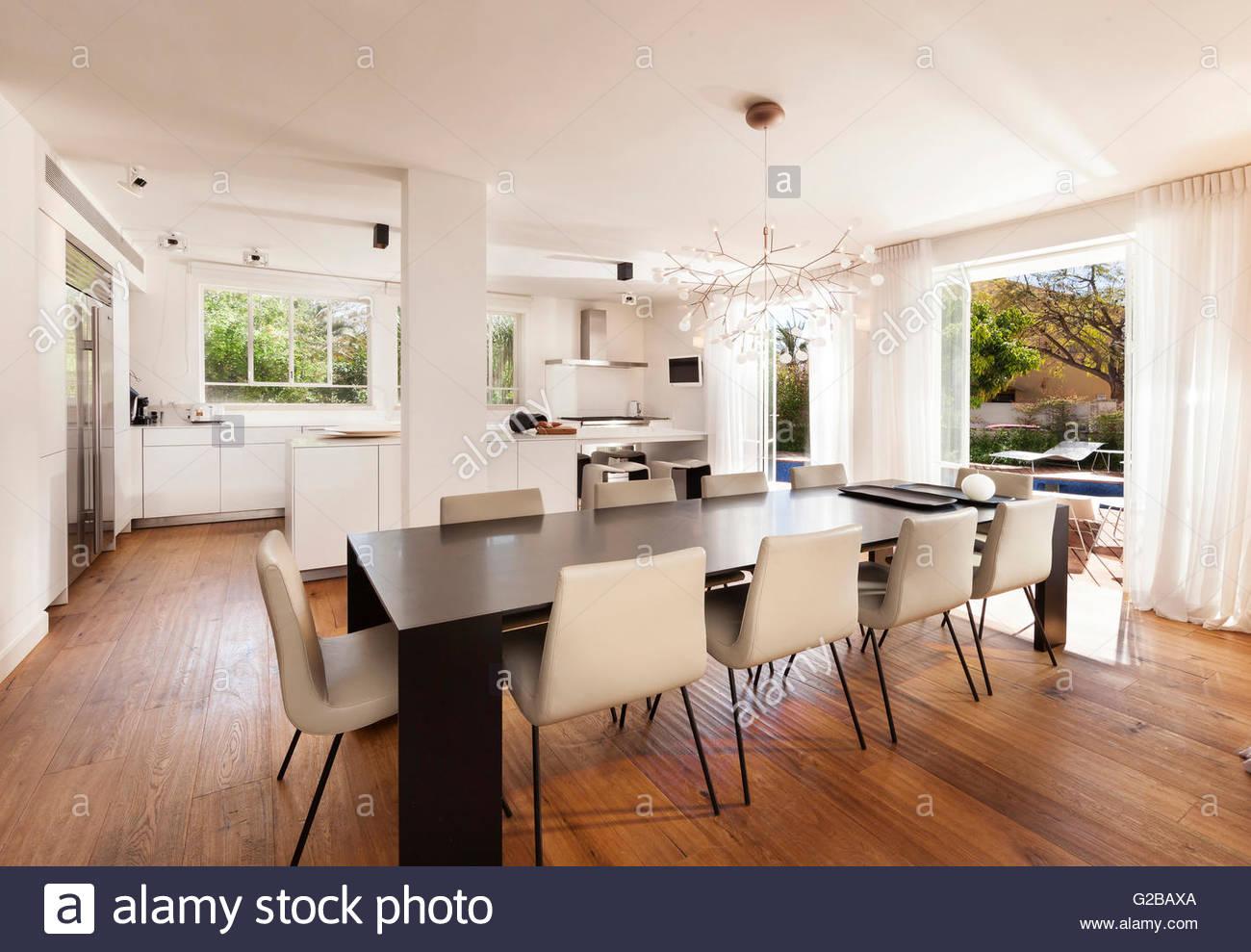 Tel Aviv west side villa by Tal Tamir. Modern open plan kitchen ...
