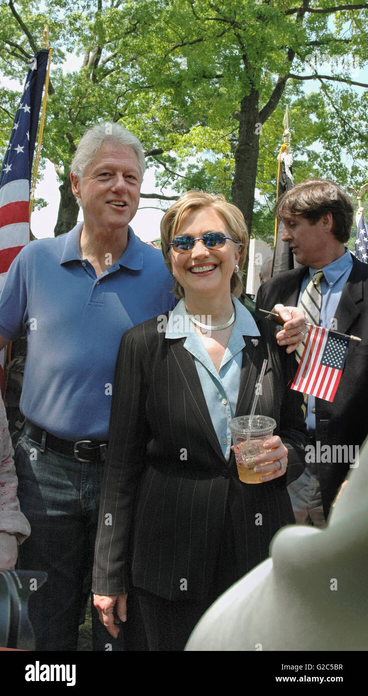 Where do the clintons live in chappaqua home design Bill clinton address chappaqua