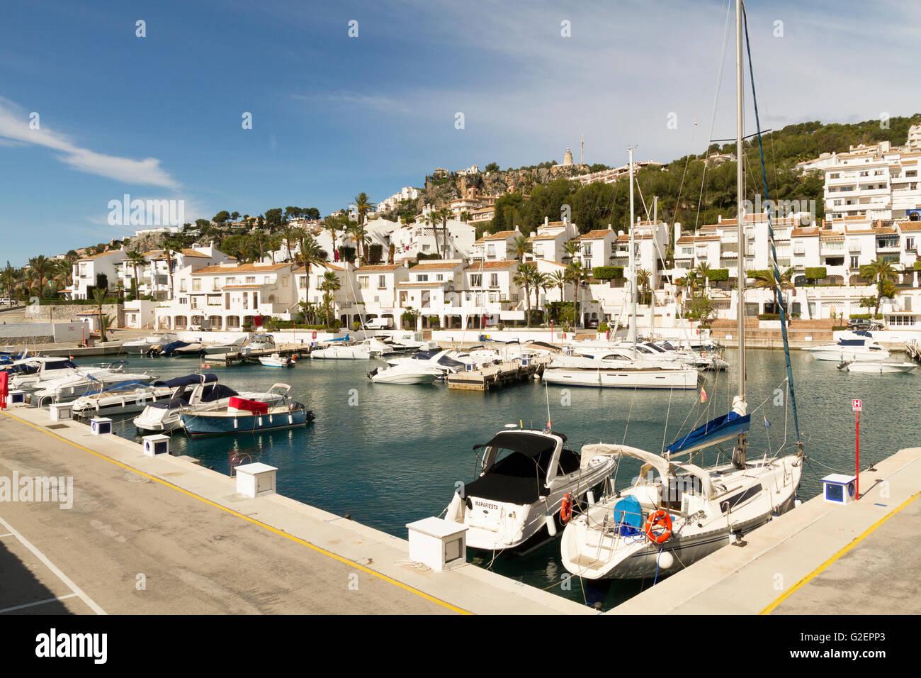 Puerto marina del este in la herradura on the costa del - Marina del este la herradura ...