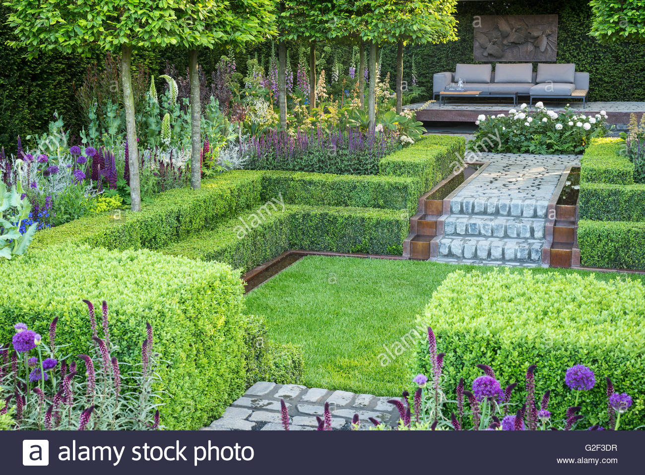 Support the husqvarna garden rhs chelsea flower show for Chelsea flower show garden designs