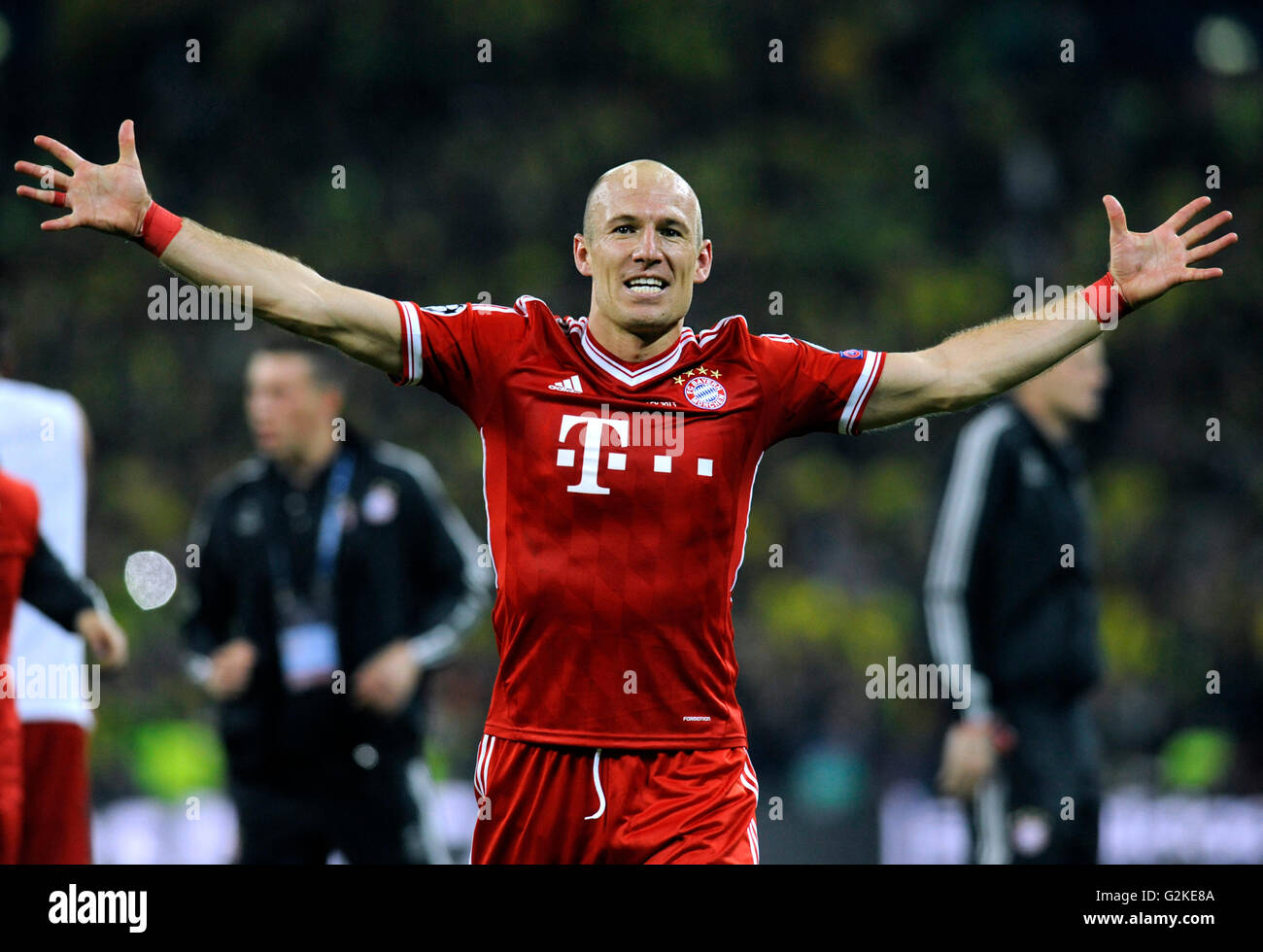 Arjen robben cheering jubilantly at the end of the game uefa stock arjen robben cheering jubilantly at the end of the game uefa champions league final 2013 borussia dortmund fc bayern munich voltagebd Choice Image