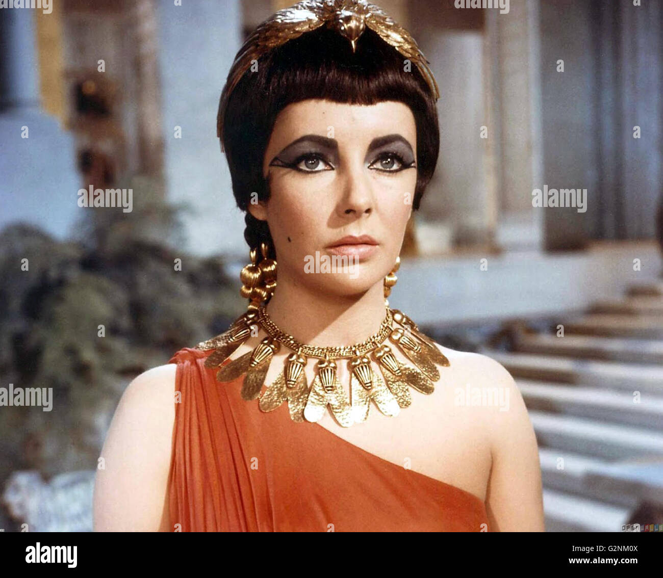 Elizabeth Taylor as Cleopatra in the 1963 epic drama film Stock ...