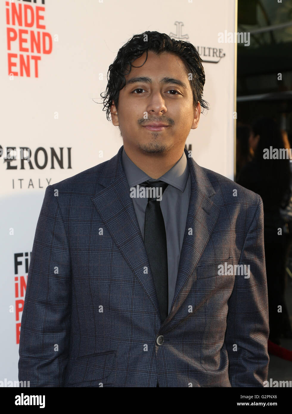 tony revolori wikipedia