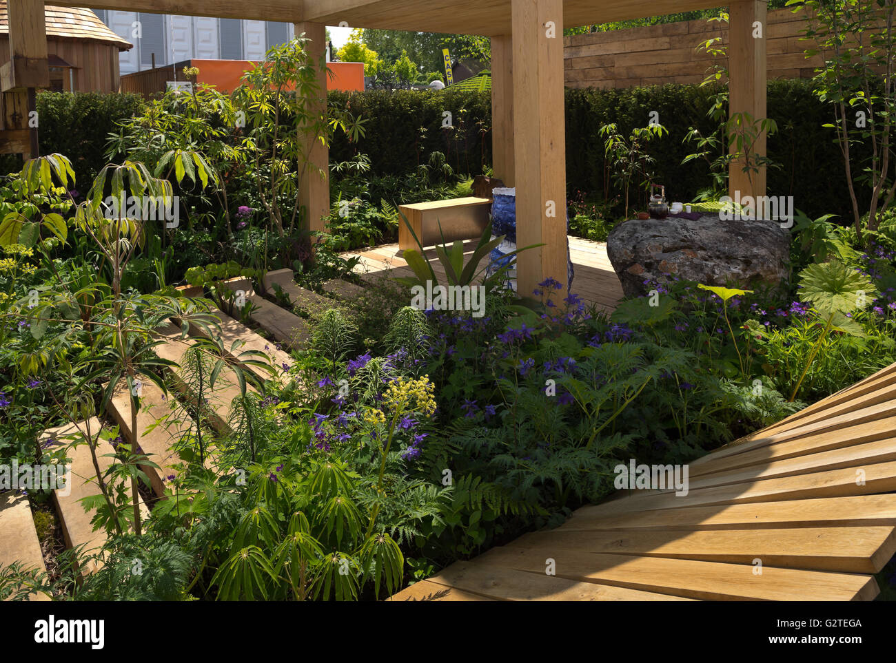 Rhs chelsea flower show 2016 the garden of potential for Chelsea flower show garden designs
