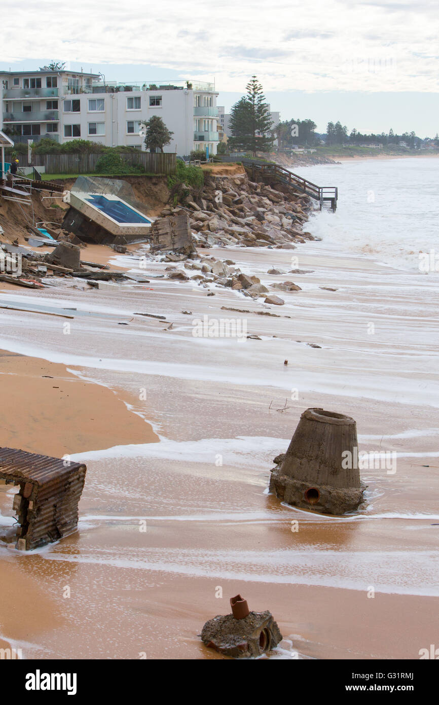 Sydney australia 06th june 2016 morning after the storm and sydney australia 06th june 2016 morning after the storm and king tide nvjuhfo Gallery