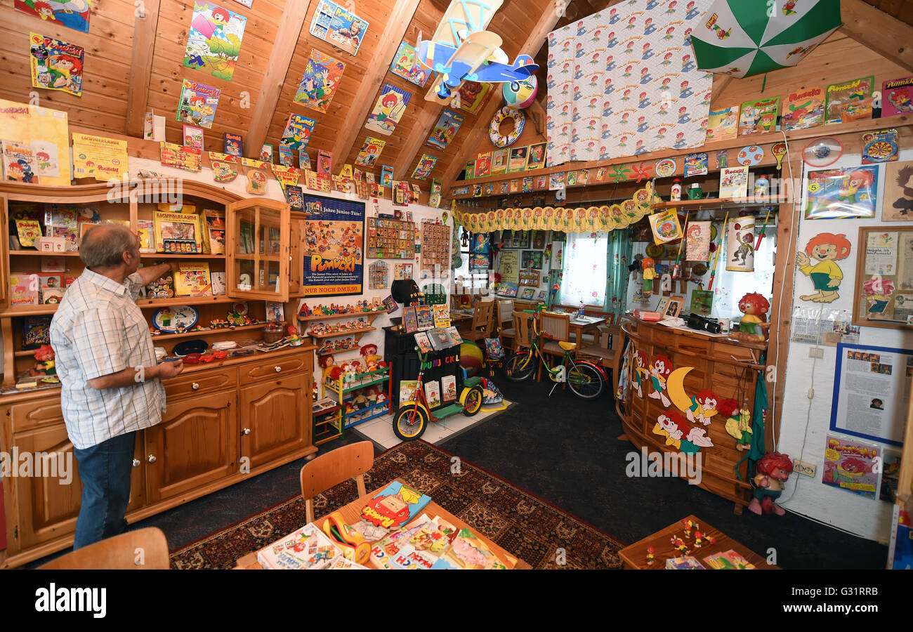 Garden Sheds Installed sven coorssen standing in his pumuckl museum which he installed in