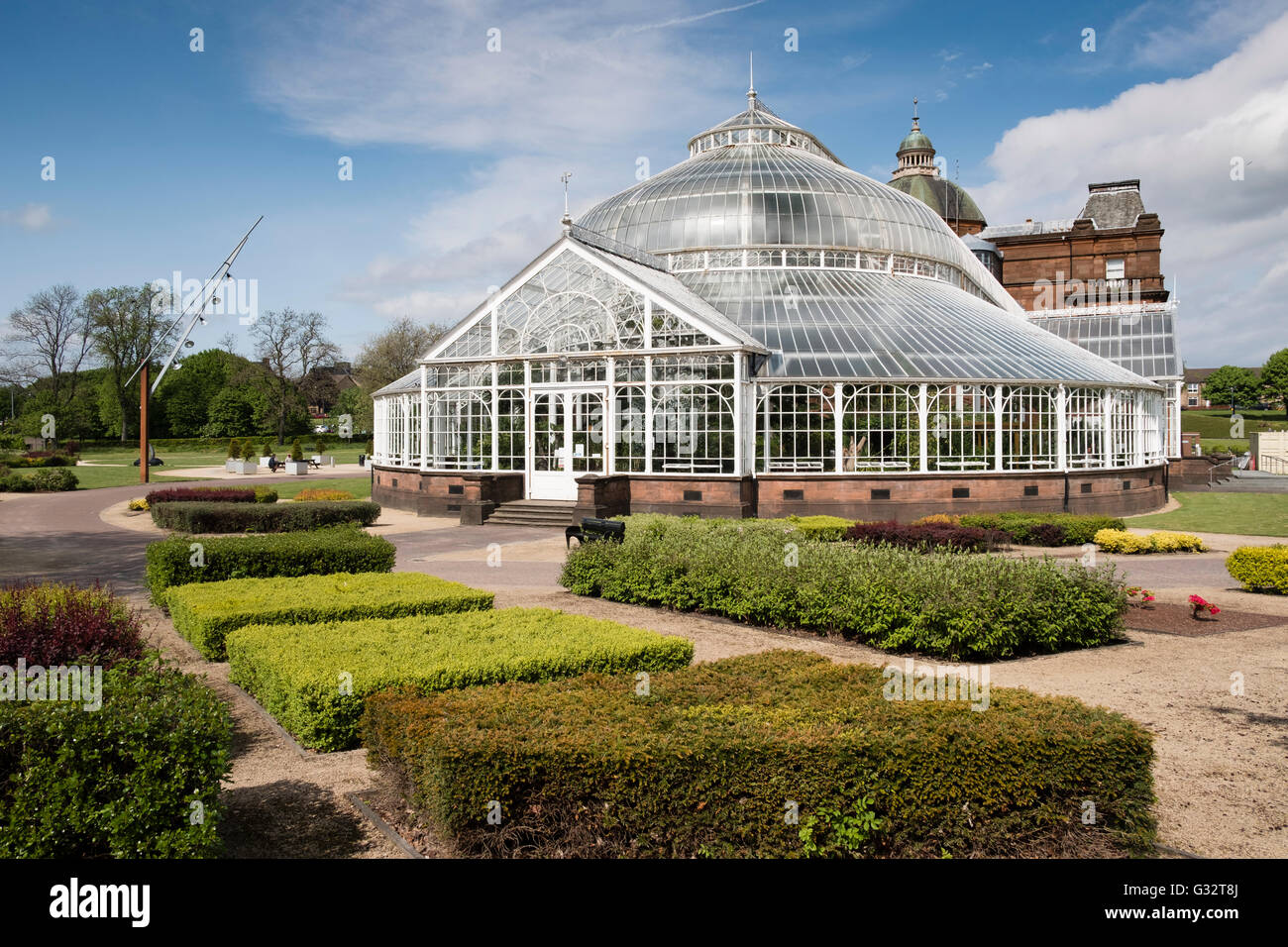 winter gardens glasshouse at people u0027s palace museum on glasgow