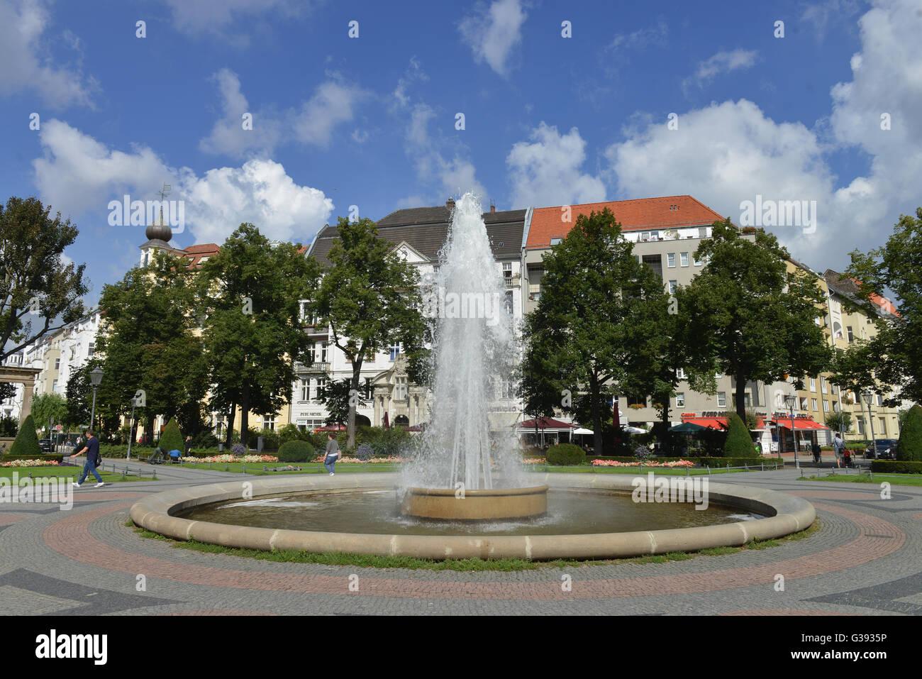 Amazing Brunnen, Viktoria Luise Platz, Schoeneberg, Berlin, Deutschland / Schöneberg