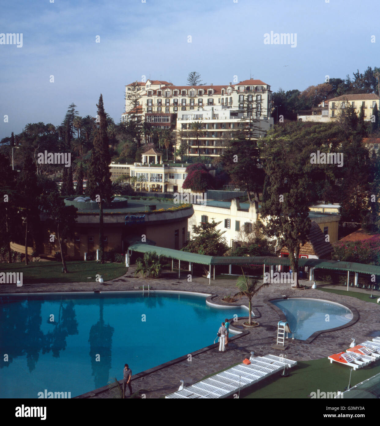 urlaub im hotel reid 39 s palace in funchal madeira portugal 1980 stock photo royalty free image. Black Bedroom Furniture Sets. Home Design Ideas