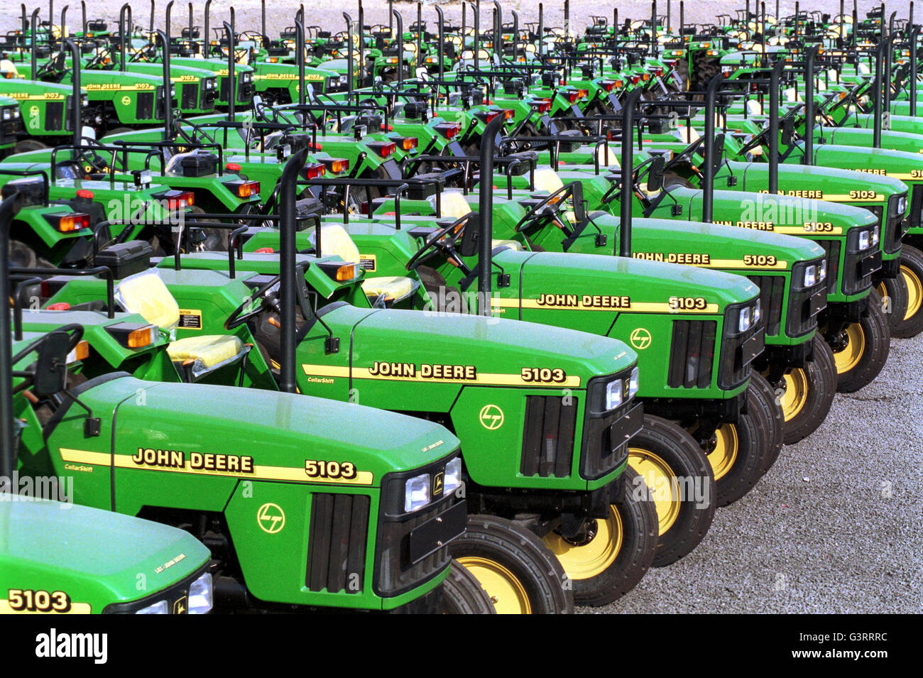 India Pune John Deere Tractor Factory Production Of John Deere  #A49B27