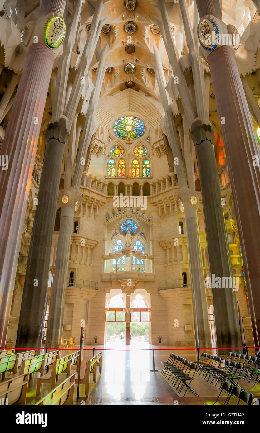 Spain barcelona la sagrada familia interior of - Sagrada familia interieur ...