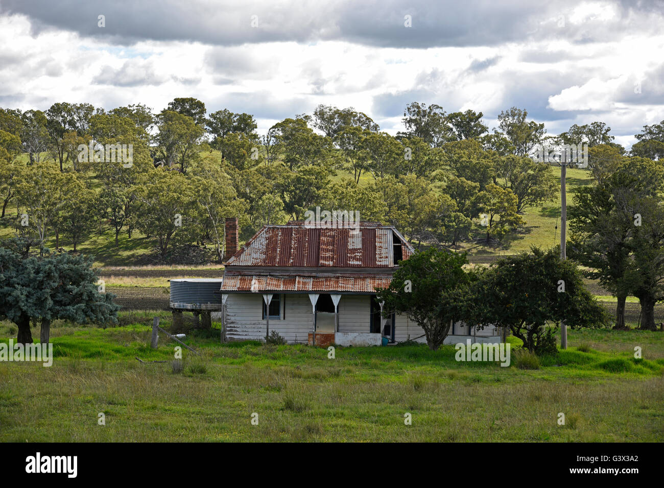 Typical Derelict Australian Bush Country House Stock Photo