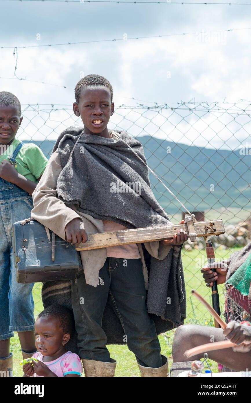 Lesotho, Mokhotlong, Sani Pass, African children playing ...