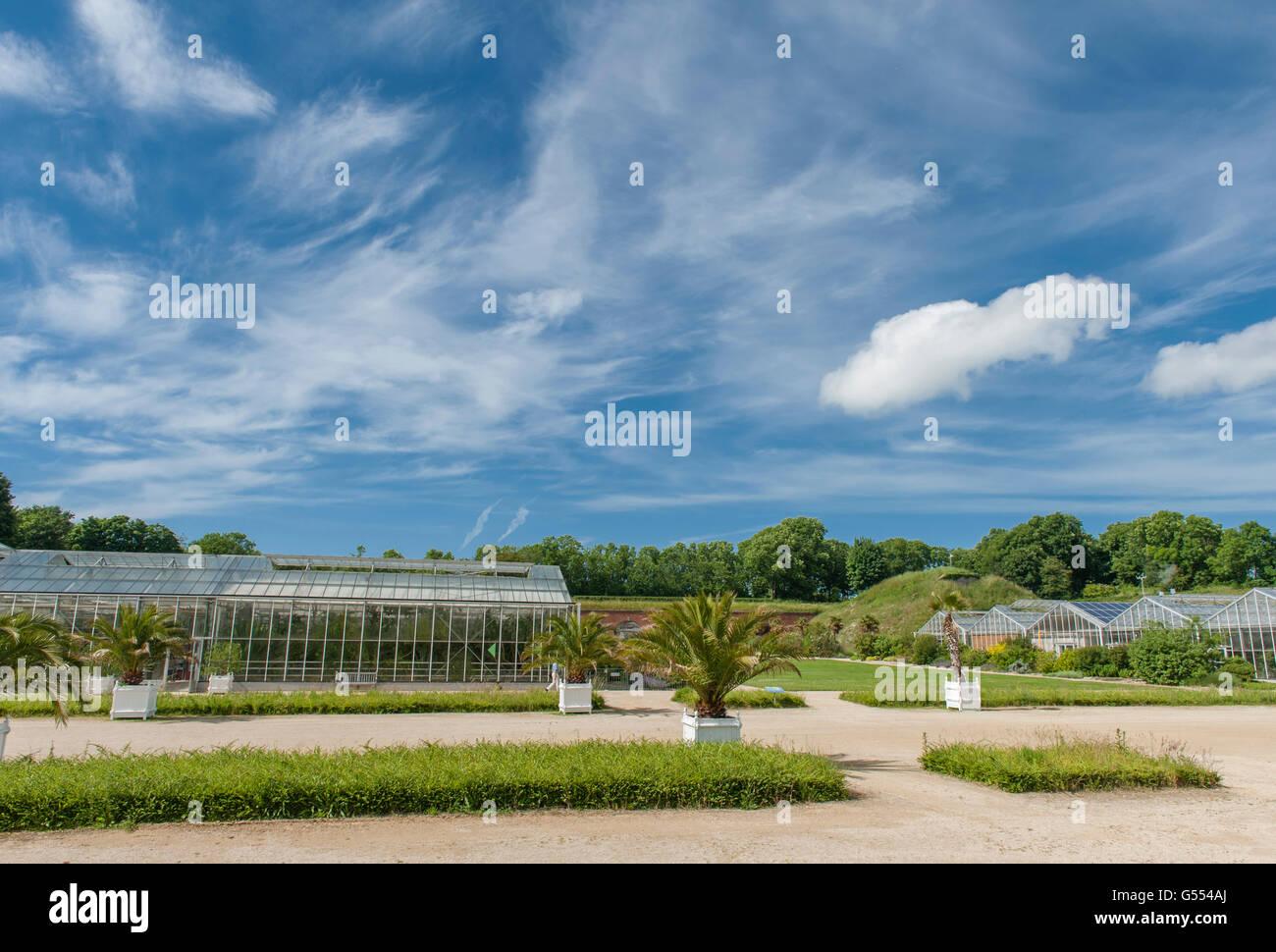 The hanging gardens jardins suspendus at fort sainte for Jardin japonais le havre