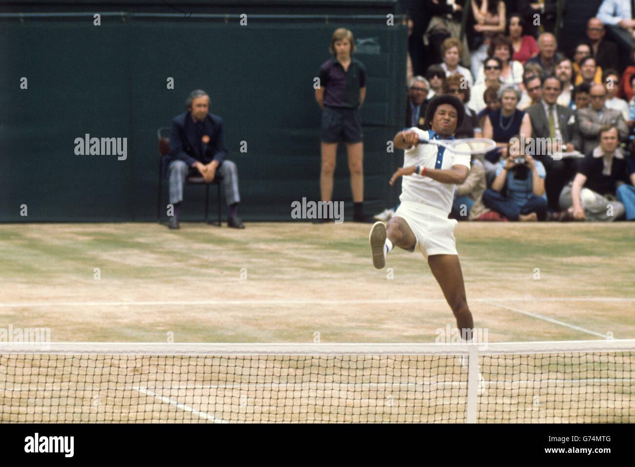 Tennis Wimbledon Men s Singles Final Jimmy Connors v Arthur