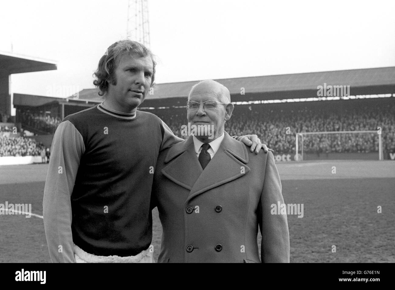 Soccer West Ham Bobby Moore and Jimmy Ruffell Stock