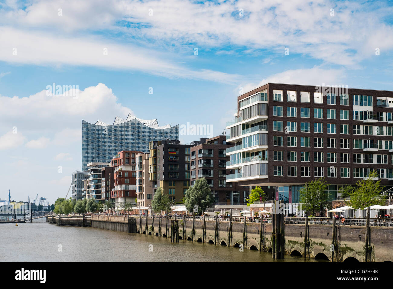 Stock photo hamburg germany riverside new - Modern Luxury Apartment Blocks Part Of Modern Hafencity Property Development In Hamburg Germany